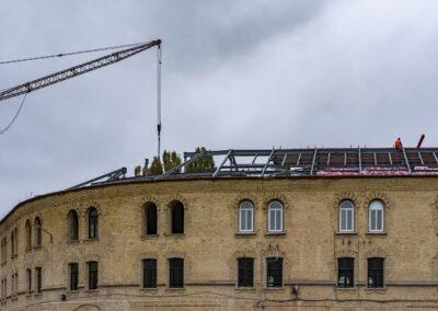 Крыша на здании бывшей комендатуры на Арсенальной площади